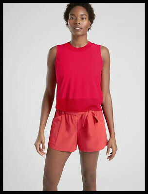 Athleta NWT Women's Zephyr Shell Size Med  Color Hibiscus Red
