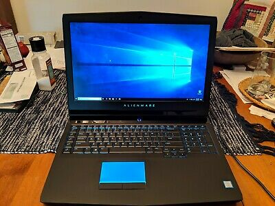 ALIENWARE 17R4 GTX 1070 Core i7 UHD 4K Display + Free Backpack