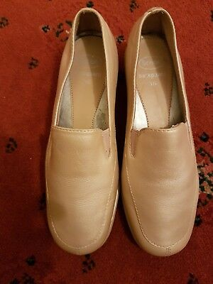 9bb69e711316 SCHOLL Beige Leather ladiesl Shoes Size Uk3 A very nice looking pair of  shoes.
