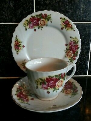 Royal Norfolk China Tea Trio Roses Pattern Cup, Saucer, Side plate in VGC Ref.5