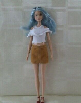 Barbie fashionista doll # 69 tall blue hair