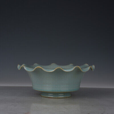 "8"" Chinese old Porcelain Song Dynasty Ru kiln sky cyan glaze flower mouth bowl"