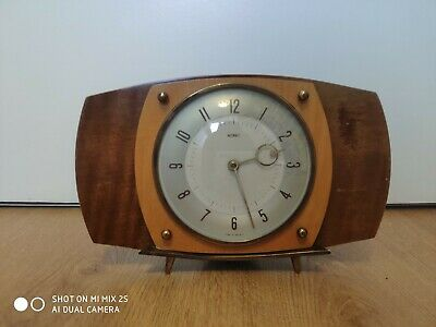 Vintage Retro Metamec Wind Up Art Deco Mantel Clock - Wood / Formica 1970's 1960