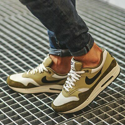 NIKE AIR MAX 1 Trainers Gym Casual Fashion Medium Olive UK Size 9 (EUR 44)