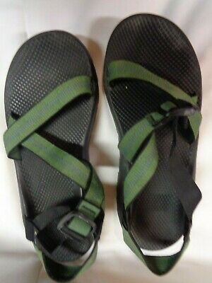 f3af051b04ae Chaco Vibram Mens Classic Sport Sandals Size 12 Green Adjustable Strap Water
