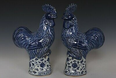 Fine Chinese Pair Blue and White Porcelain Roosters Statues