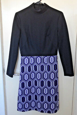 Stunning vintage 1960s geometric pattern dress. Knee length.  Size S-M