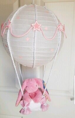 Hot air balloon light shade with a very cute pink rabbit looks stunning ❤❤