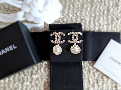 8c0822d13 Beautiful 2019 Authentic CHANEL Classic CC Gold Tone Crystal Pearl Drop  Earrings