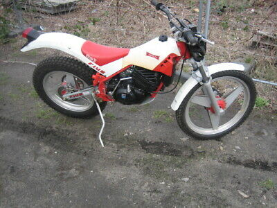 Merlin Trial FIUS DG3 Bultaco Montesa SWM Fantic trials bike trail Lumo Cagiva