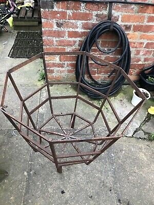 Cast Iron Antique Animal Feeder/planter