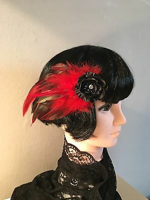 Ladies Red Feather Fascinator