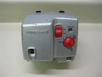 Bradford White Honeywell WV4462A1081 222-48795-02 Water Heater Gas Valve Used