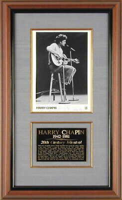 Harry Chapin - Autographed Inscribed Photograph