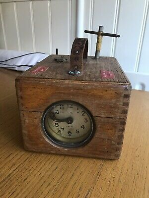 Vintage Benzing Pigeon Timer Clock Made In Germany Grimsby Racing