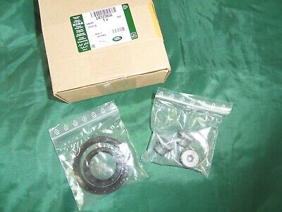 Range Rover Evoque Differential Output Shaft Seal Kit. Discovery Sport Seal Kit