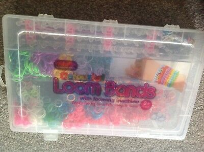 S-Clips /& 3 Charms Loom Stick Zacs Alter Ego/® Loom Set with 300 Loom Bands