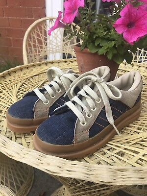 Super cool Original 70s vintage Trainers size 2