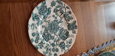 """Johnson Brothers """"English Chippendale"""" Rare Green 8"""" Salad Plates -Mint!"""