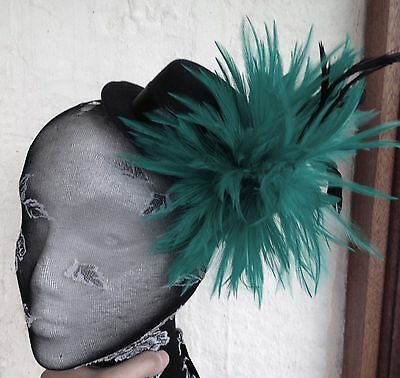 dark green feather black mini top hat fascinator headpiece fancy dress hair clip