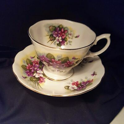 Royal Albert England Bone China Tea Cup & Saucer Violets Floral Flowers