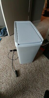 Portable Travel Cooler Warmer Thermoelectric 18 Qt Electric Compact Fridge Chest