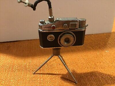 VINTAGE Cont-Lite CAMERA TABLE LIGHTER With Tripod & Compass