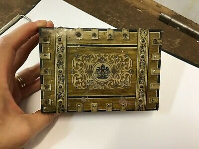 Vintage 1930's Huntley & Palmers Biscuits Reading London England Tin storage