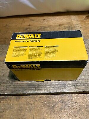 Dewalt DDF6500040 C4&C5 Pins 40x2.6mm 700pk Brand New Bargain