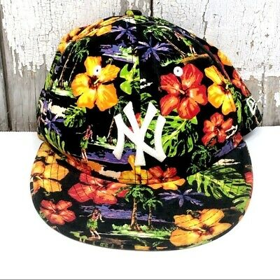 b0cdbf2e77ec8 New York Yankees Hawaiian Floral Snapback Hat Baseball Cap New Era 9FIFTY