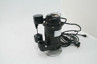 BRAND NEW SUBMERSIBLE Sewage Pump with Tether Switch - 1/2 HP
