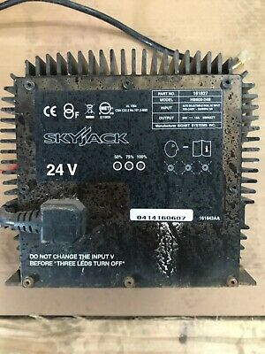 24 VOLT/UNIVERSAL BATTERY CHARGER for SCISSOR LIFT