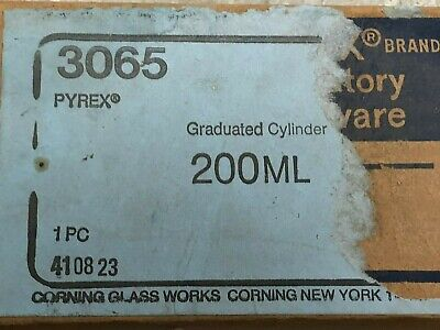 Pyrex Graduated Cylinder 200 mL Chemistry Lab Glassware