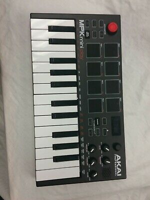 AKAI MPK Mini Keyboard and USB controller