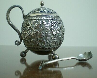 ANTIQUE ANGLO INDIAN SILVER LIDDED POT WITH COBRA HANDLE & SPOON KUTCH 1890 98g