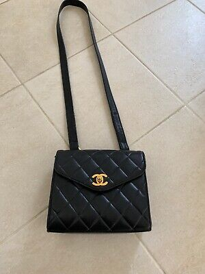 2ac8bc3214fb VINTAGE CHANEL BLACK Lambskin CC Quilted Leather Crossbody Bag ...