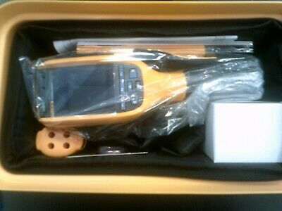 NEW!! FLUKE tI105 CORDLESS THERMAL IMAGER IMAGING CAMERA SENSOR 30Hz W/CASE