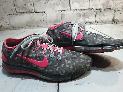 pretty nice 2af2a 34307 Womens Nike Free TR Connect 2 Athletic Running Shoes Size 8.5 Pink Grey
