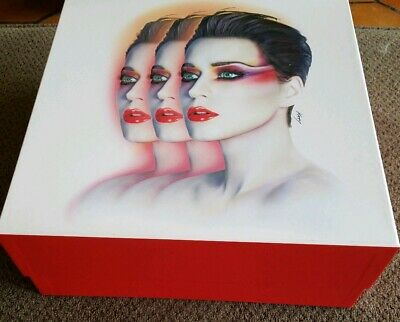 Katy Perry Witness The Tour Vip Merchandise Box Rare Items