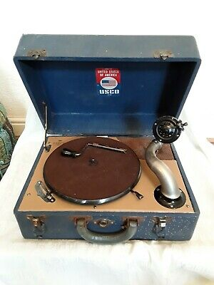 Rare Vintage birch Portable Gramophone - Working. Wind up Gramaphone. Usco usa