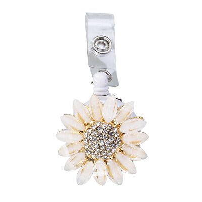 1PC Flower Telescopic Buckle Easy Pulling Metal Point Drill Retractable Keychain