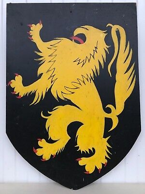 TOP !! Vintage Hand painted Heraldic Shield with Lion/Griffin/Gargoyle's in wood