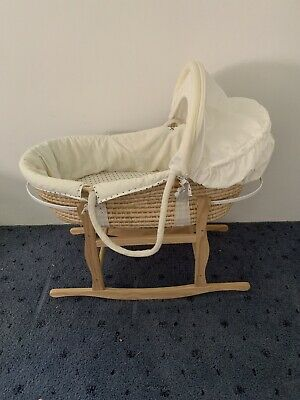 Moses Bassinet With Wooden Rocking Stand