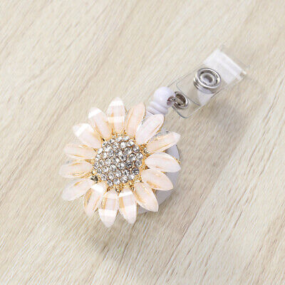 1PC Flower Telescopic Buckle Easy Pulling Retractable Point Drill Metal Keychain