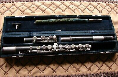 VINTAGE BUESCHER ELKHART Ind  Flute, Wood and Silver serial number 1439  Playable