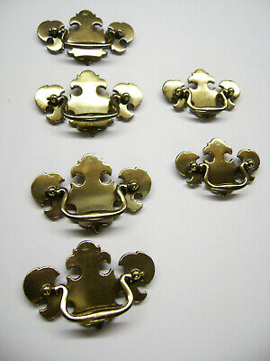 6 – Antique Brass Drawer Pulls – 4 Large & 2 Small Raised Solid Brass – USED