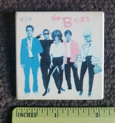 Vintage Pin Button - the B-52's - New Wave Pop Band - MUSIC memorabilia  1980s