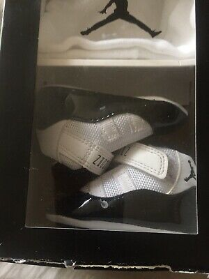 best cheap 1809b 725a5 Nike Air Jordan 11 XI Retro Concord Black White Infant Gift Pack Size 2c