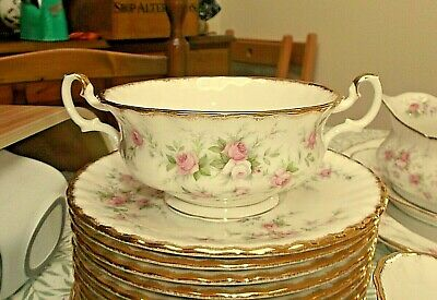 Royal Albert Victoriana Rose Soup Coupe & Stand
