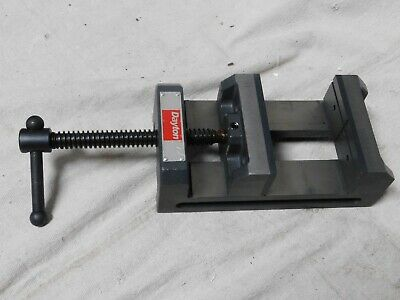 DAYTON Drill Press Vise, Fixed Base, 4 in. Jaw W.